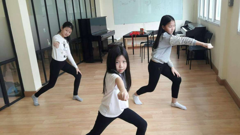 คอร์สเรียนเต้น